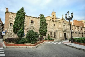 Монастырь Дескальсас Реал