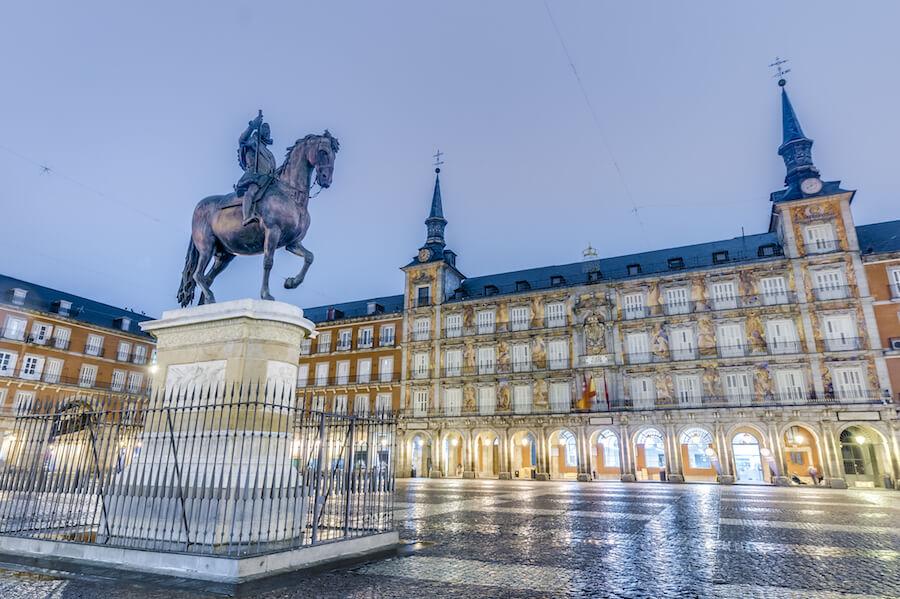 Конные памятники в Мадриде