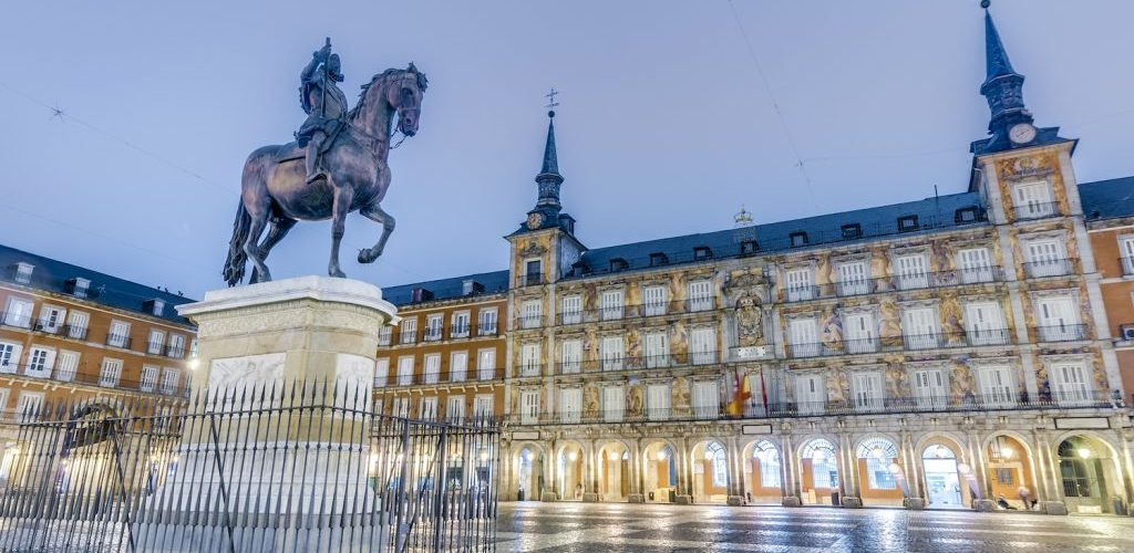 GALLOPING AROUND MADRID:THE MOST FAMOUS EQUESTRIAN MONUMENTS OF THE CAPITAL