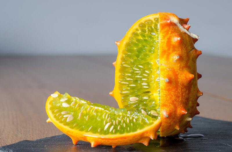 Экзотические фрукты в Испании